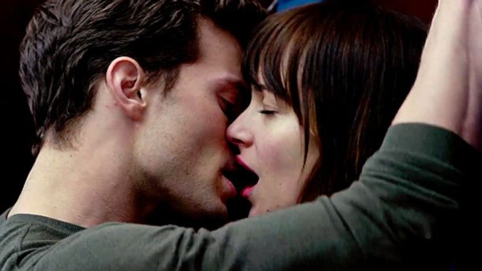 635566533136209362-fifty-shades-of-grey-01-612x380